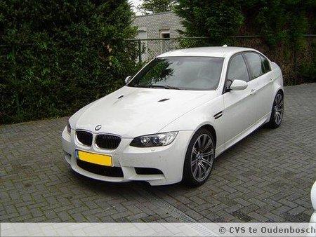 Een nieuwe BMW M3 bij CVS